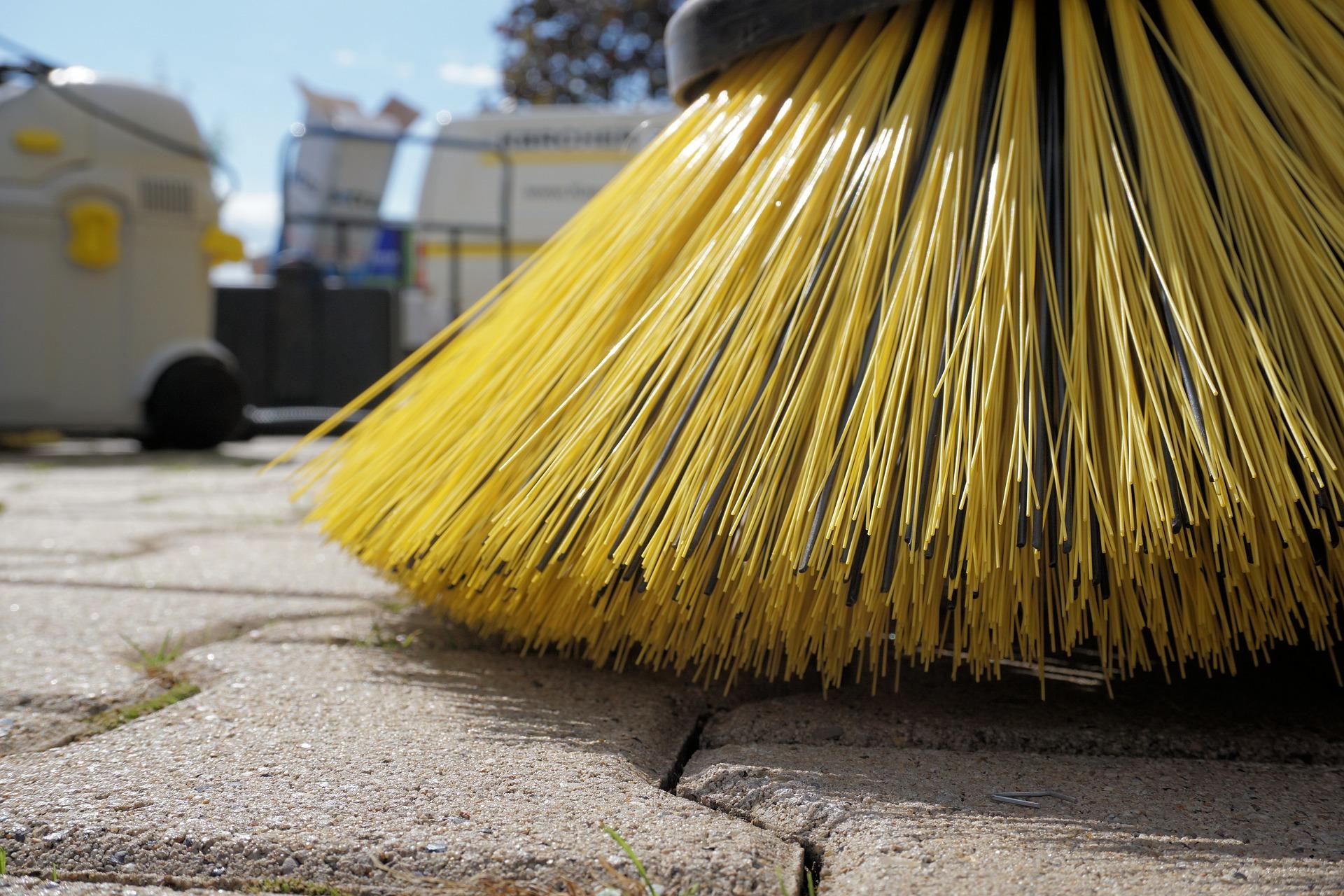 共用部の清掃は大切です!