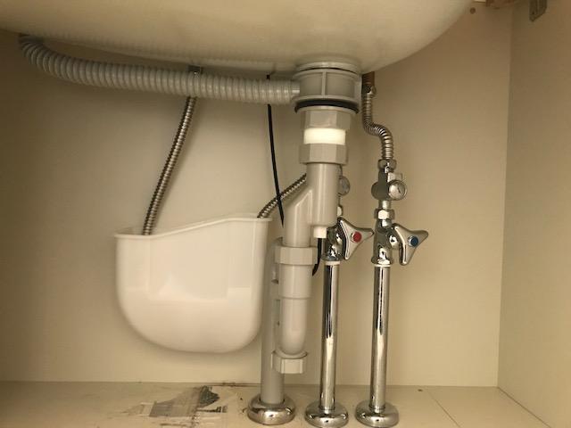 洗面化粧台 止水栓です。