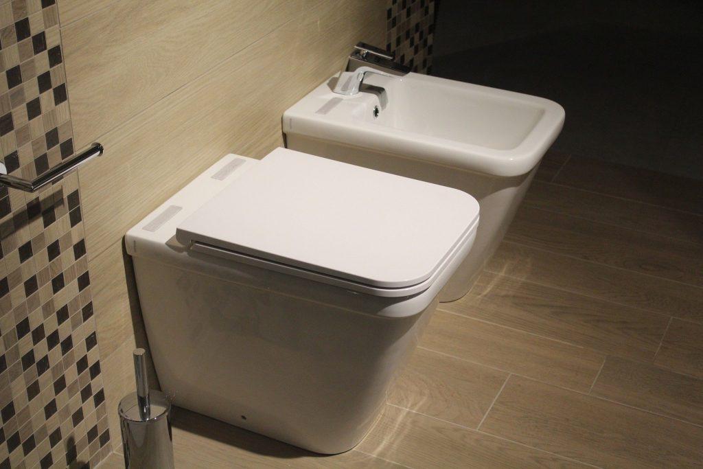 トイレが使用できない。緊急事態です!